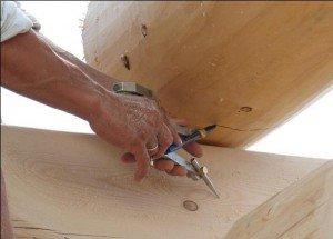 ремонт дерев'яних стін будинків фото