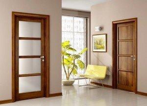 горіх як матеріал для дерев'яних дверей