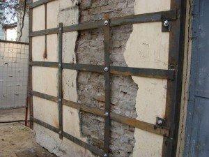 способи укріплення стін та інших кам'яних конструкцій
