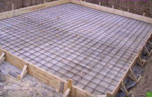 монолітна залізо бетонна плита фундаменту