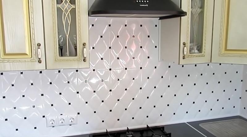 ідея фартуха з керамічної плитки фото